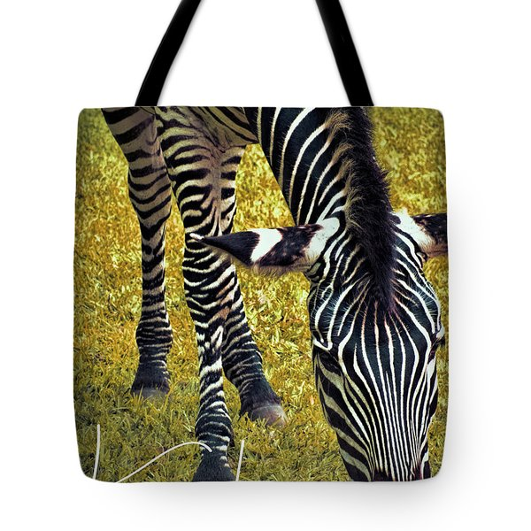 Tote Bag featuring the photograph Munch Time by Karen Lewis