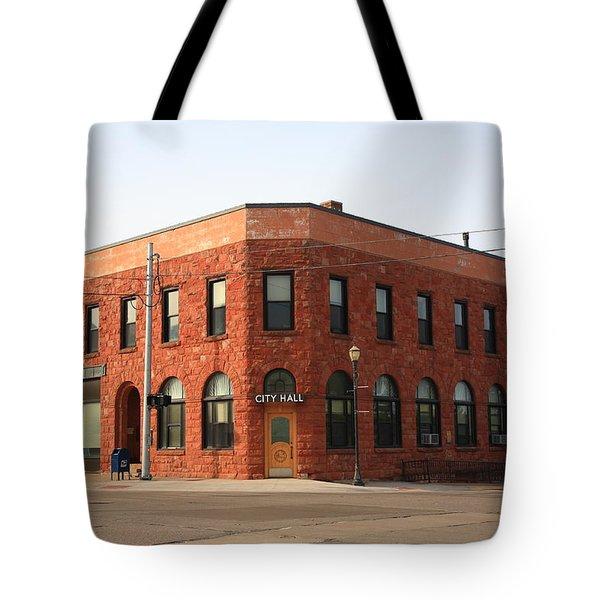 Munising Michigan City Hall Tote Bag by Frank Romeo