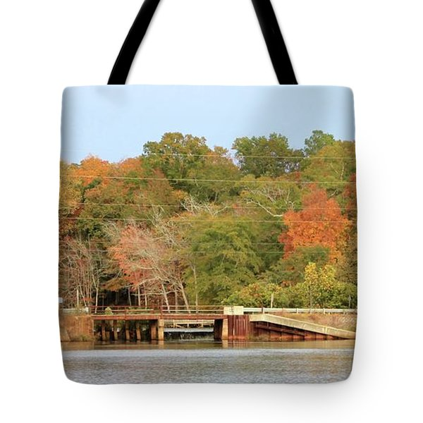 Tote Bag featuring the photograph Murphy Mill Dam/bridge by Jerry Battle