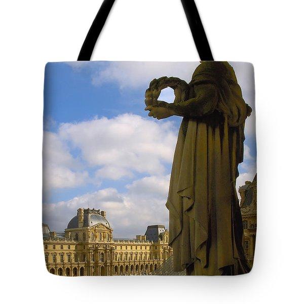 Musee Du Louvre Tote Bag