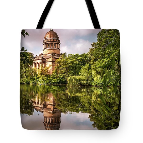 Museum At The Zoo Tote Bag