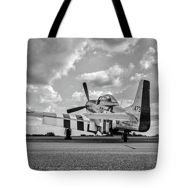 Mustang On The Ramp Tote Bag