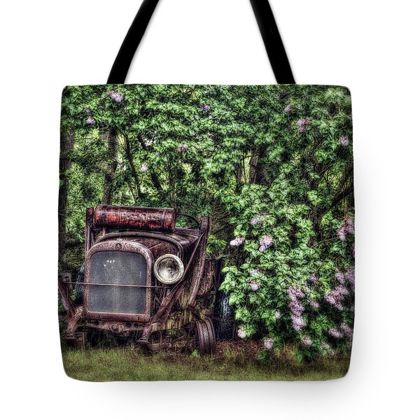 My One Eyed Love Tote Bag