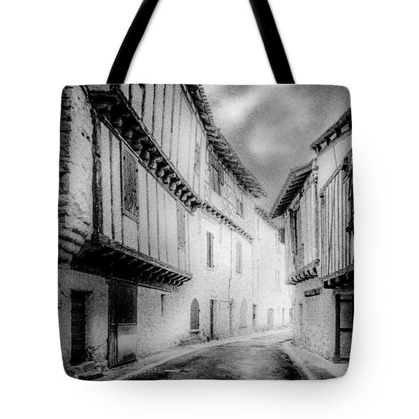 Narrow Alley Tote Bag