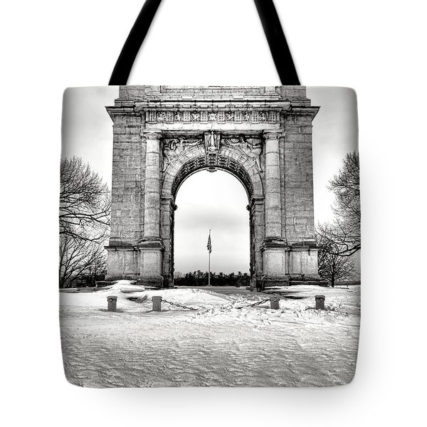 National Memorial Arch In Winter Tote Bag
