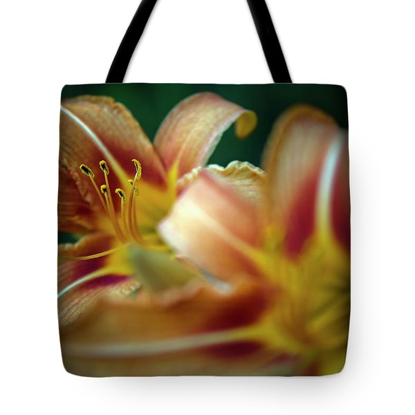 Nature Close-up 2 Tote Bag