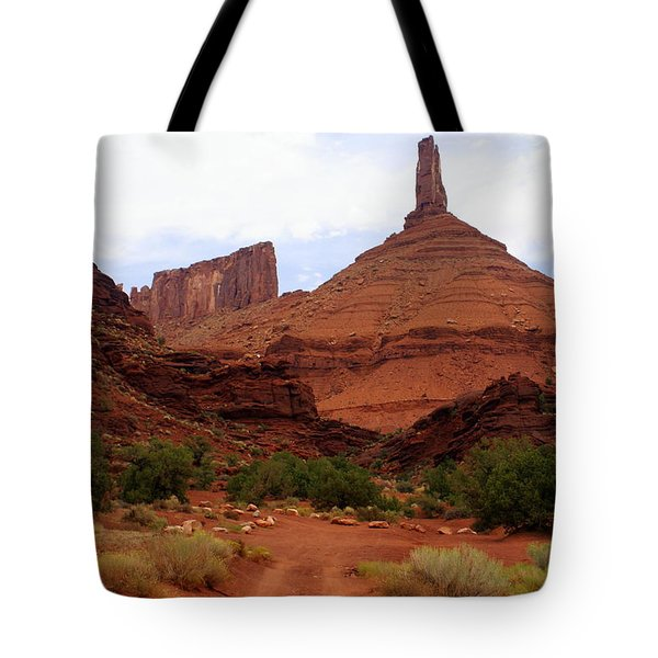 Near Moab 5 Tote Bag by Marty Koch