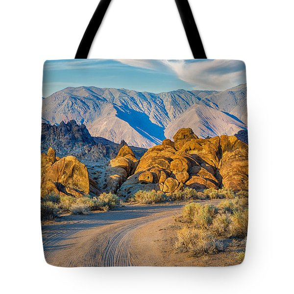 Near Sunset In The Alabama Hills Tote Bag