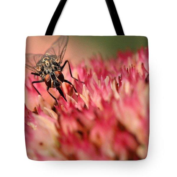 Nectar Hunt Tote Bag