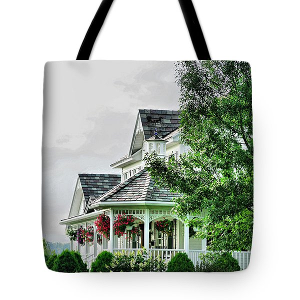 New England Beauty Tote Bag