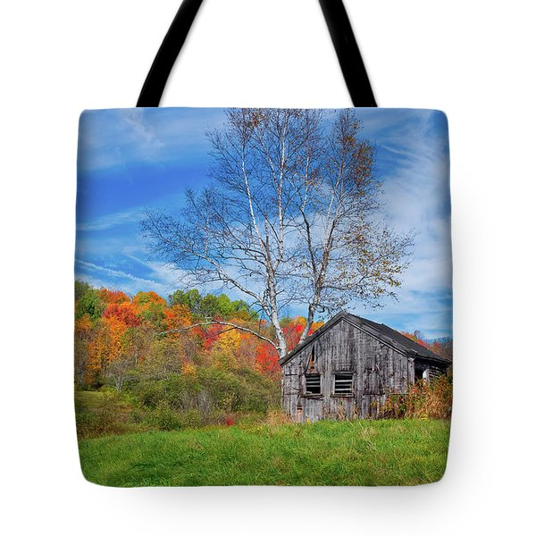 Tote Bag featuring the photograph New England Fall Foliage by Robert Bellomy