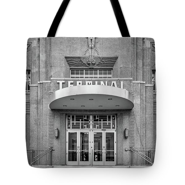 New Orleans Lakefront Airport Bw Tote Bag