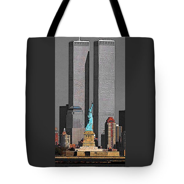 New York 911 Memory - Twin Towers And Statue Of Liberty Tote Bag