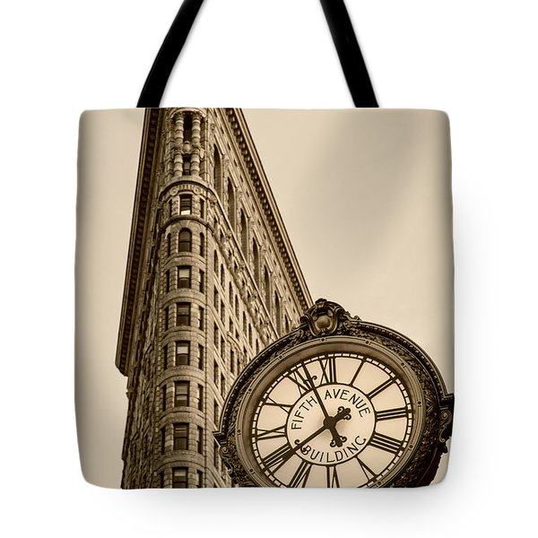 Tote Bag featuring the photograph New York Flatiron by Juergen Held
