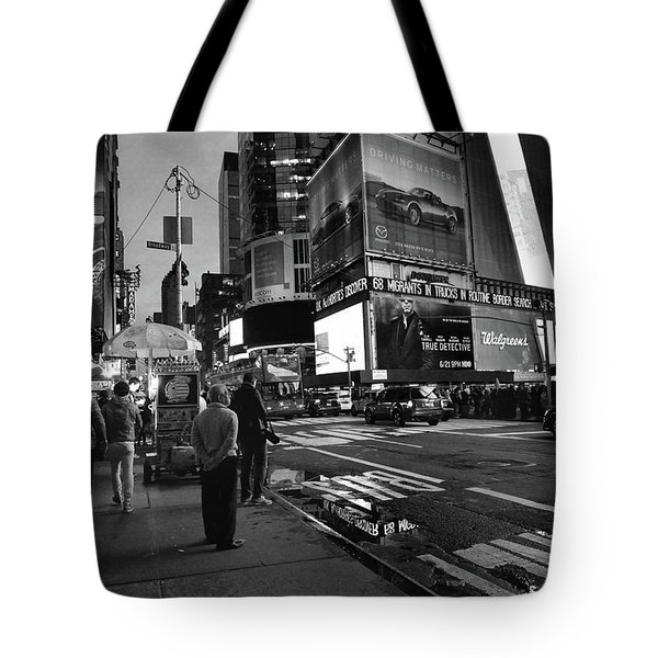 Tote Bag featuring the photograph New York, New York 1 by Ron Cline