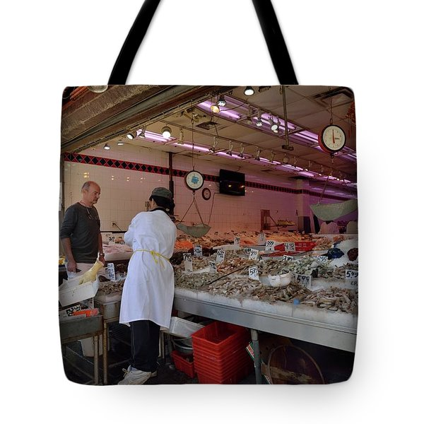 Tote Bag featuring the photograph New York, New York 17 by Ron Cline