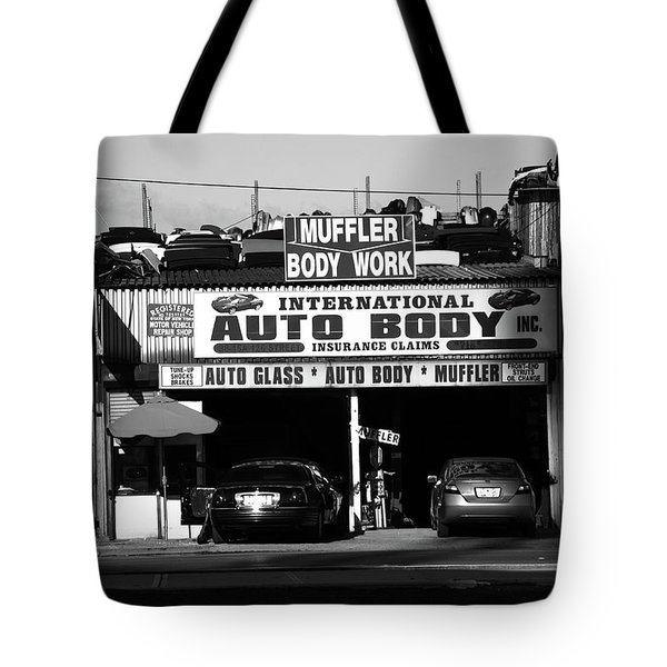 Tote Bag featuring the photograph New York Street Photography 69 by Frank Romeo