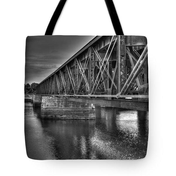 Newburyport Train Trestle Bw Tote Bag