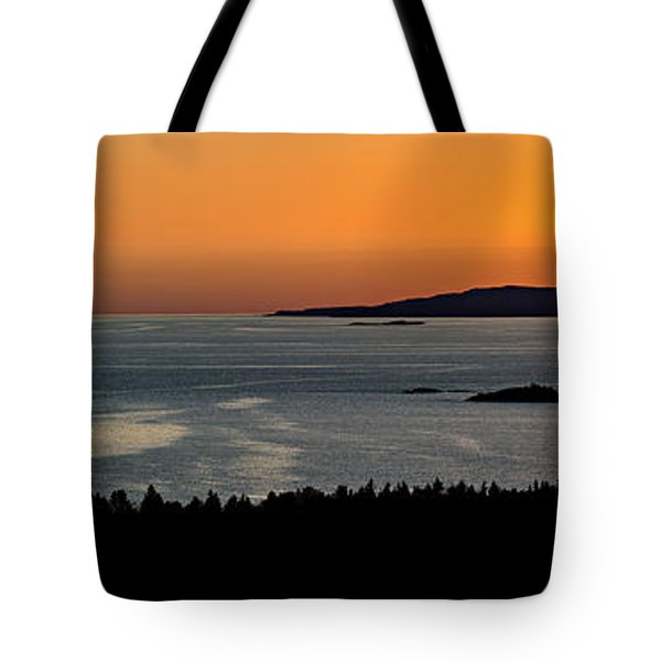 Neys Horizon Tote Bag