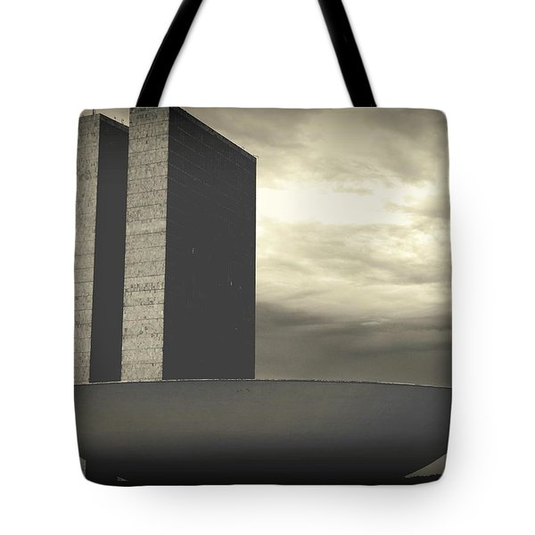 Niemayer Tote Bag