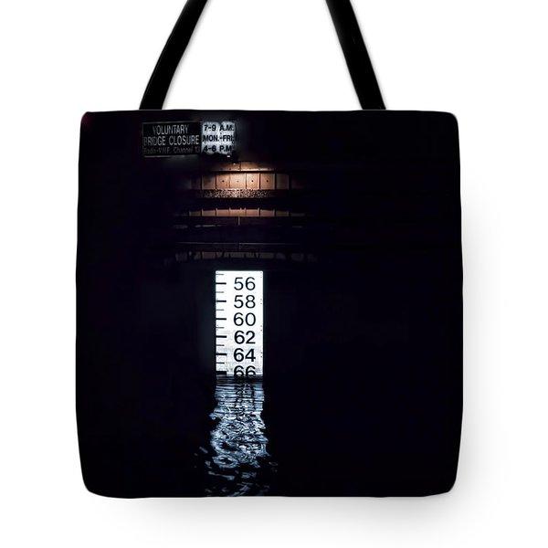 Night Piling Tote Bag