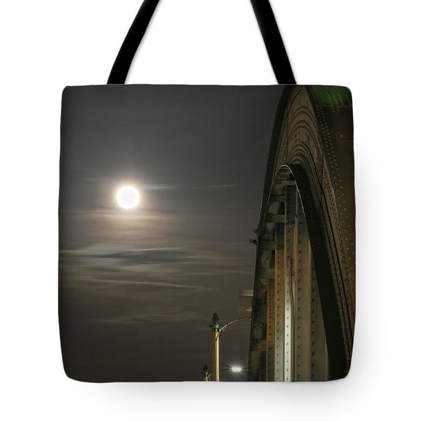 Night Shot Of The Los Angeles 6th Street Bridge And Supermoon #2 Tote Bag