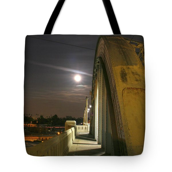Night Shot Of The Los Angeles 6th Street Bridge And Supermoon #6 Tote Bag