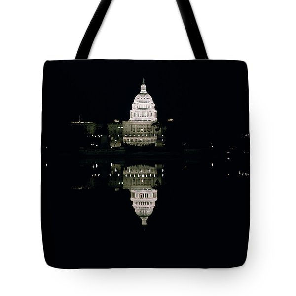 Night View Of The Capitol Tote Bag by American School