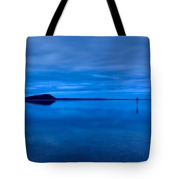 Tote Bag featuring the photograph Nightfall Over Lake Ballard by Julian Cook