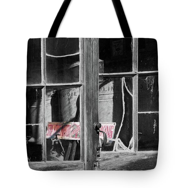 No Smoking Tote Bag