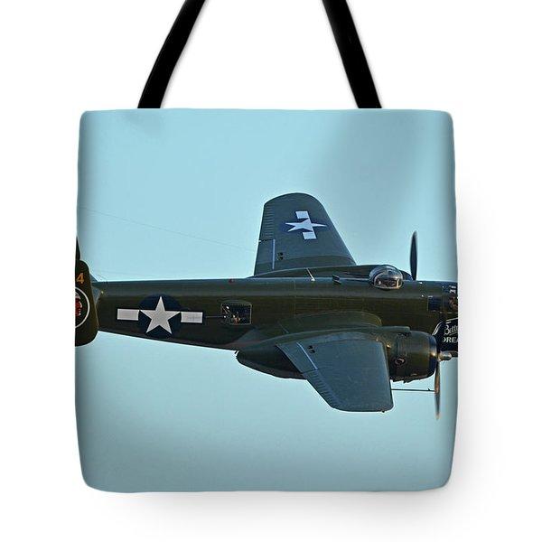 North American B-25j Mitchell N5672v Betty's Dream Chino California April 29 2016 Tote Bag by Brian Lockett