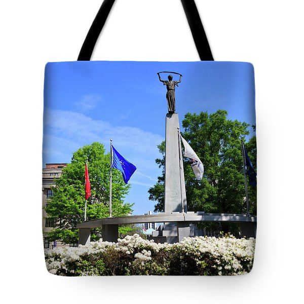 North Carolina Veterans Monument Tote Bag