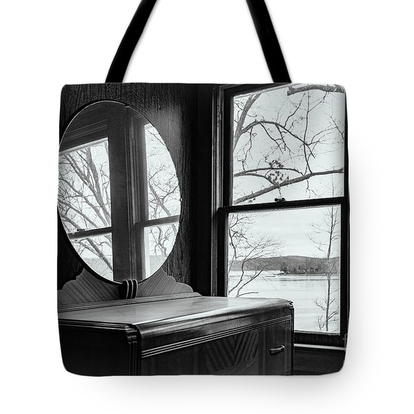 North Shore House Tote Bag