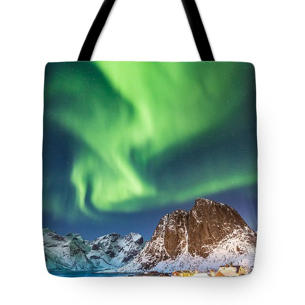 Northern Lights In Hamnoy Tote Bag
