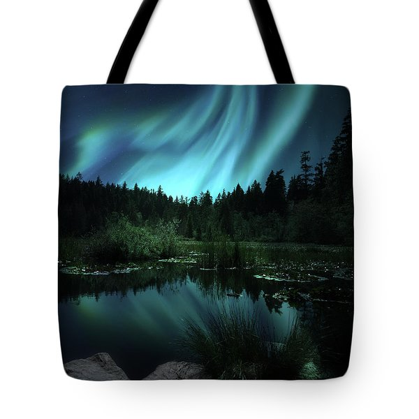Northern Lights Over Lily Pond Tote Bag