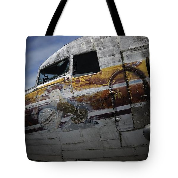 Nose Art Tote Bag