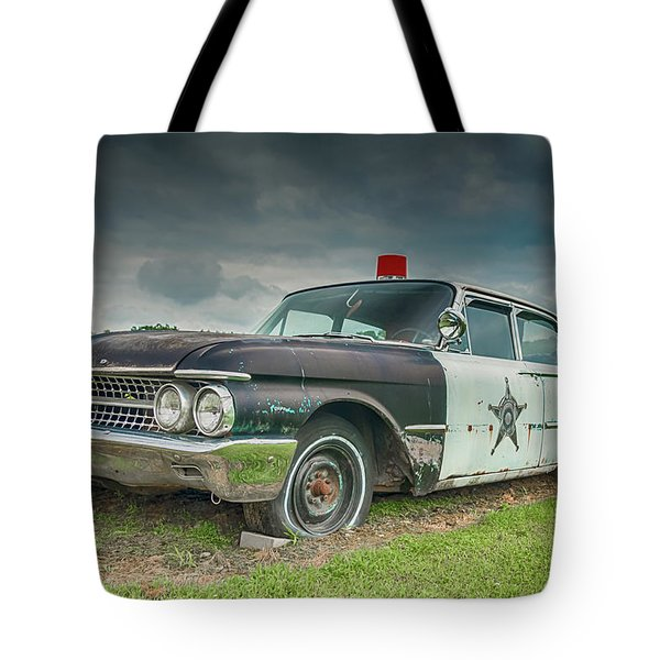 Tote Bag featuring the photograph Not Chasin' Anyone by Guy Whiteley
