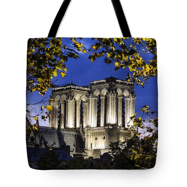 Notre Dame At Night Paris Tote Bag by Sally Ross