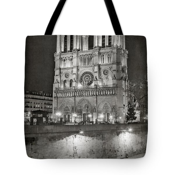 Notre Dame Night Bw Tote Bag