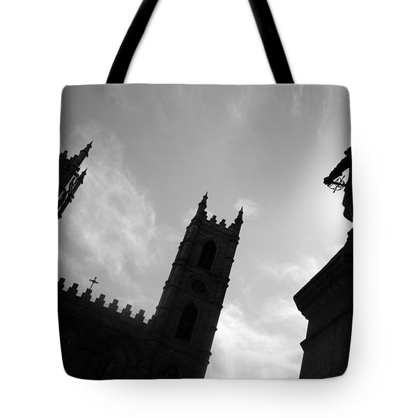 Tote Bag featuring the photograph Notre Dame Silhouette by Valentino Visentini