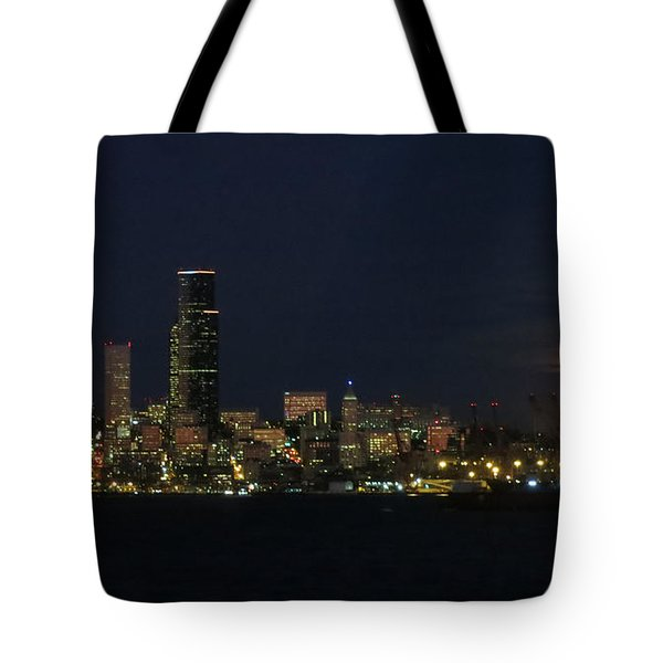 November Beaver Moon Rises Over Seattle Tote Bag by Tanya Searcy