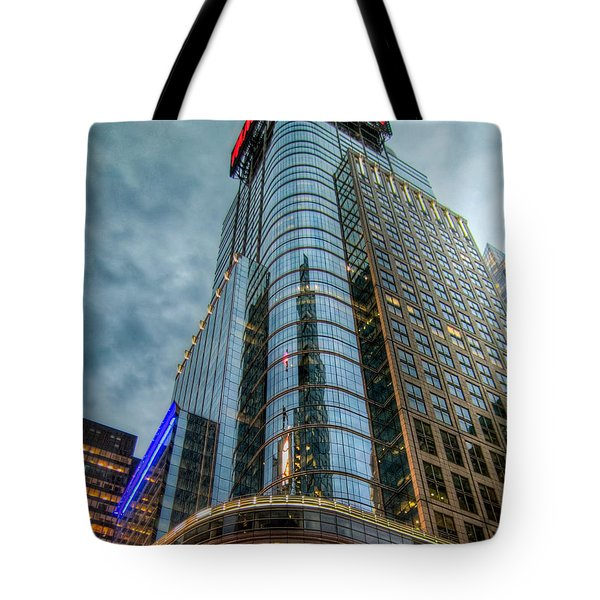 Tote Bag featuring the photograph Ny Ny by Ross Henton