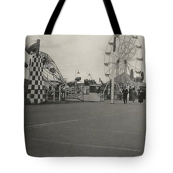 N.y. Worlds Fair 2 Tote Bag by Michael Krek