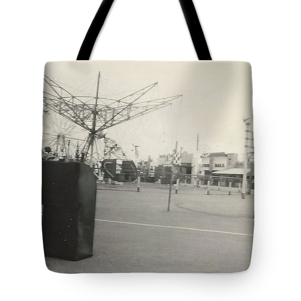 N.y. Worlds Fair Tote Bag by Michael Krek