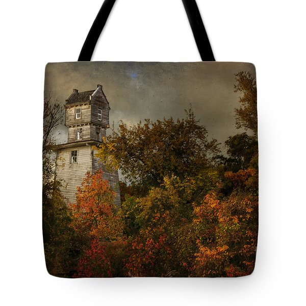 Oakhurst Water Tower Tote Bag