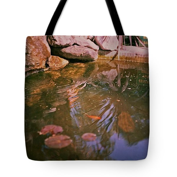 Oasis In The City Centre  Tote Bag
