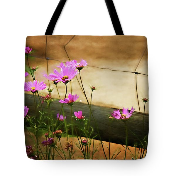 Tote Bag featuring the photograph Oasis In The Desert by Lana Trussell