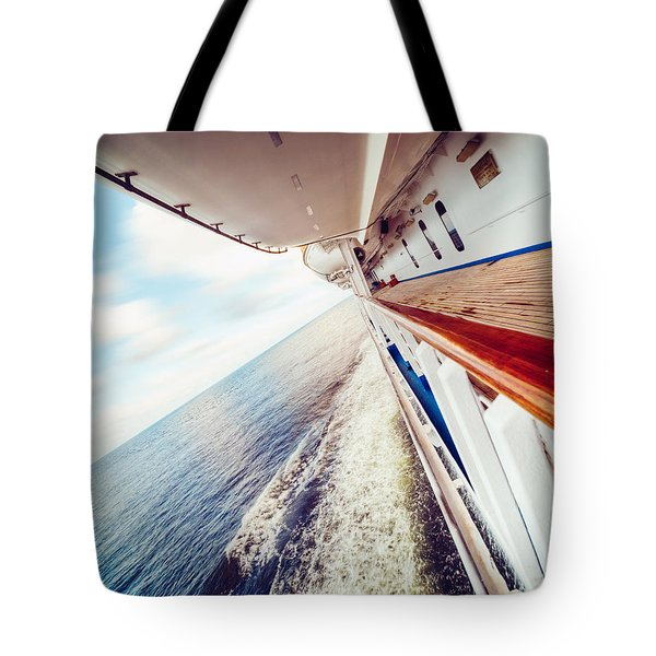 Tote Bag featuring the photograph Ocean Escapism by Ray Devlin