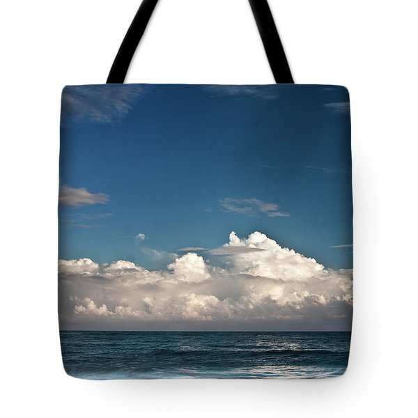 Ocean Horizon Tote Bag