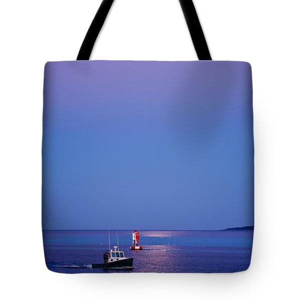 Ocean Moonrise Tote Bag by Steve Gadomski